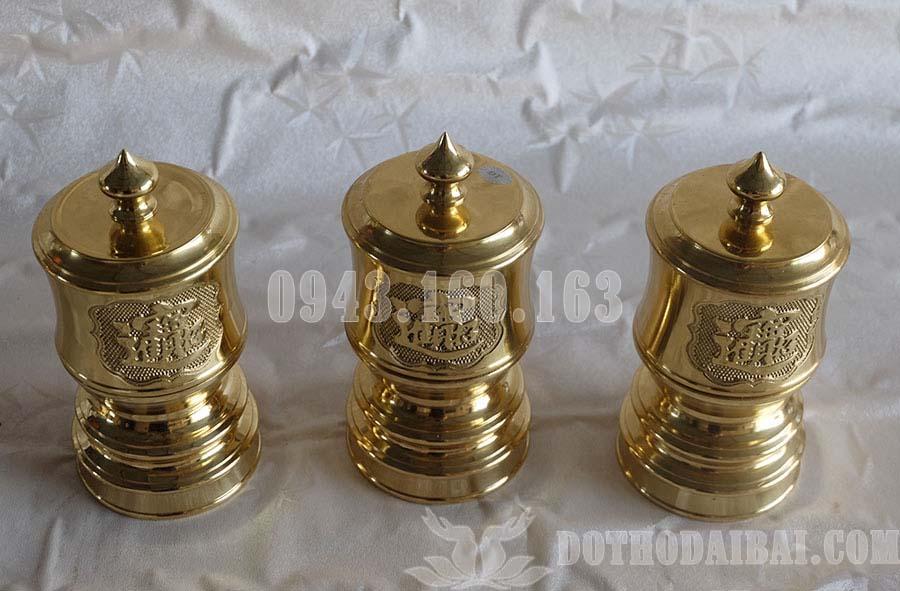 Hình ảnh bộ Đài nước thờ bằng đồng vàng