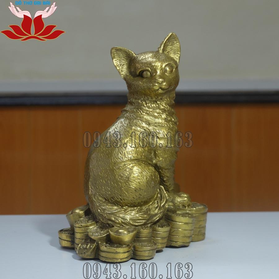 Chi tiết hình ảnh tượng mèo phong thủy bằng đồng