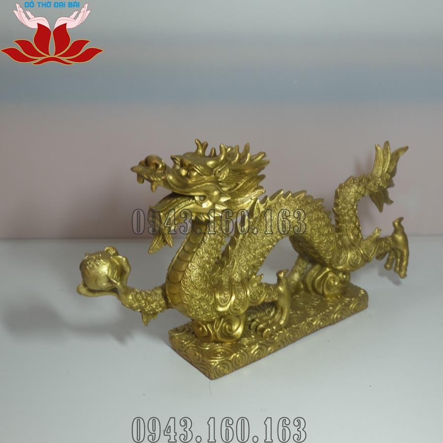 Chi tiết hình ảnh tượng rồng phong thủy bằng đồng vàng nhìn nghiêng
