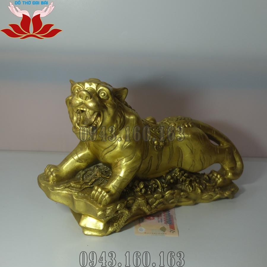 Chi tiết hình ảnh tượng Hổ phong thủy bằng đồng: