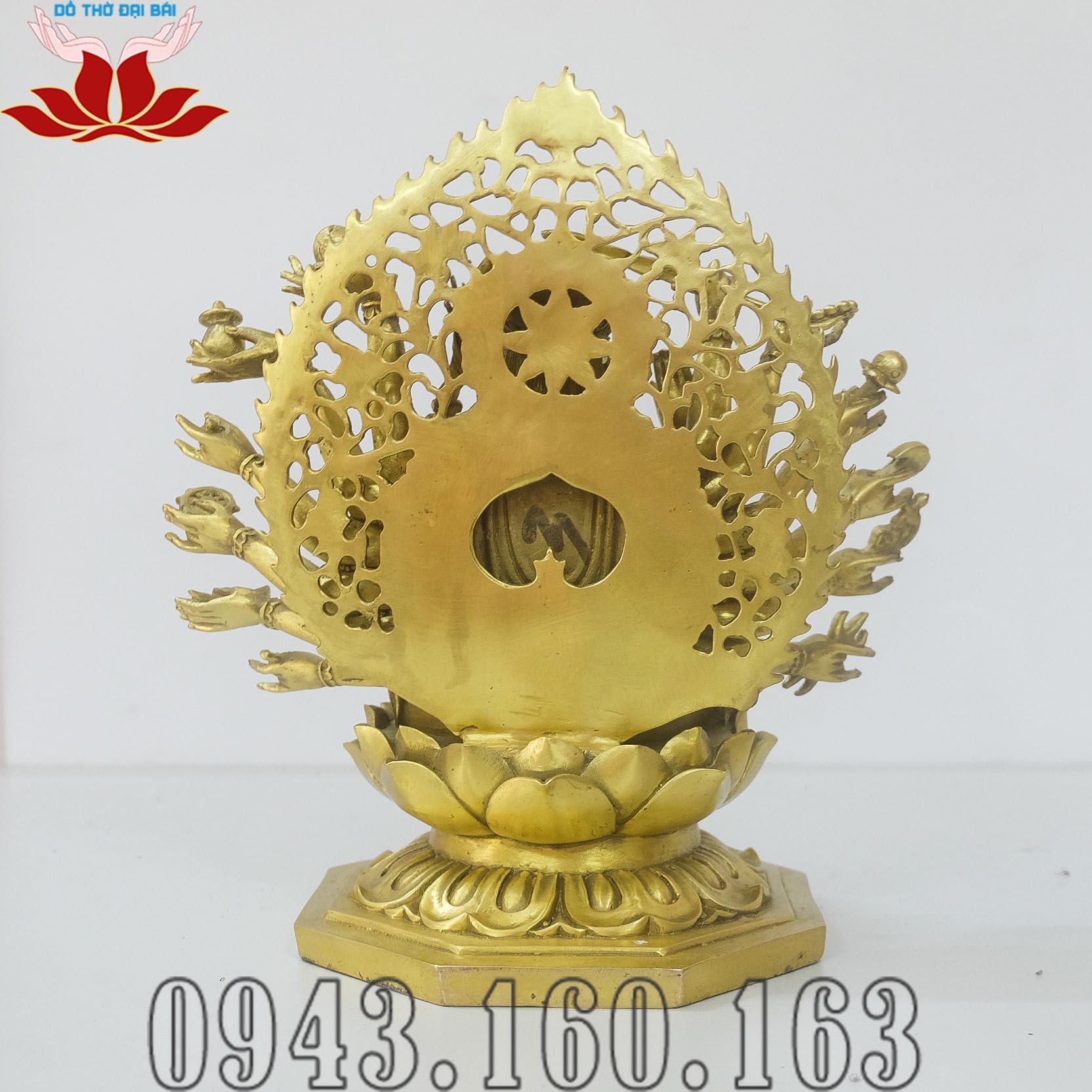 Chi tiết hình ảnh tượng Phật Chuẩn Đề nhìn đằng sau