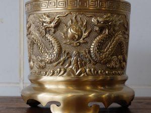 Bát Hương Bằng Đồng Vàng – Màu Vàng Mộc